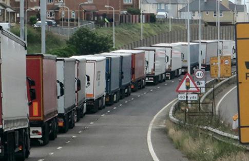 Queuing lorries